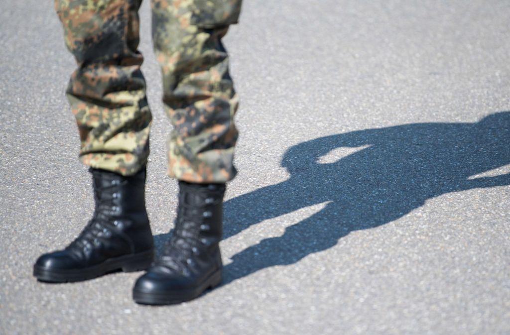 Bundeswehrsoldaten könnten bald die Polizei in Baden-Württemberg unterstützen. Foto: dpa/Sebastian Gollnow