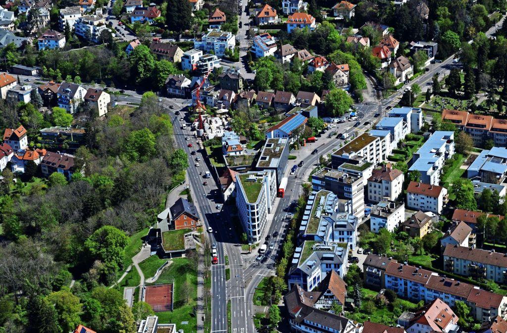 Albplatz und Jahnstraße in Degerloch. Der Bezirk verliert Einwohner. Foto: Manfred Storck