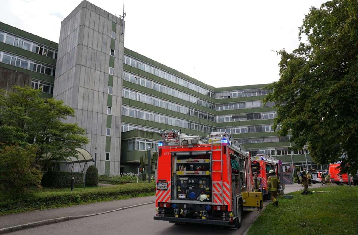 In einer Teeküche im Gebäude der Landkreisverwaltung in Esslingen ist ein Feuer ausgebrochen. Foto: SDMG/Kohls