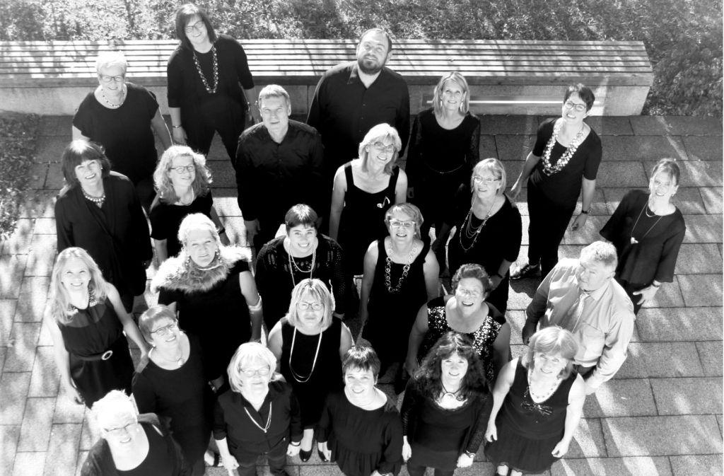 """Der Popchor Sotto Voce bringt bei """"Sing!"""" auch aktuelle Charthits auf die Bühne. Foto: privat"""