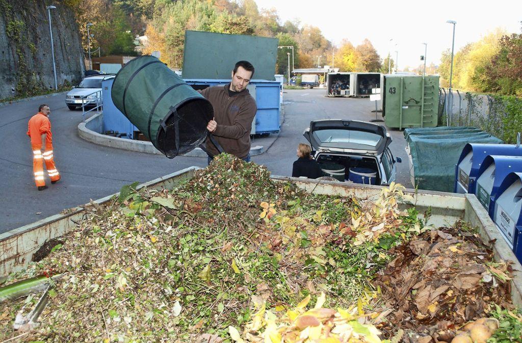 Gartenbesitzer können ihr Grüngut in der Deponie Einöd abgeben. Allerdings sind nicht mehr als zwei Kubikmeter erlaubt. Foto: Kuhn