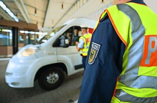 Auch an der Schweizer Grenze sollte bald kontrolliert werden, meint die CDU. Foto: dpa