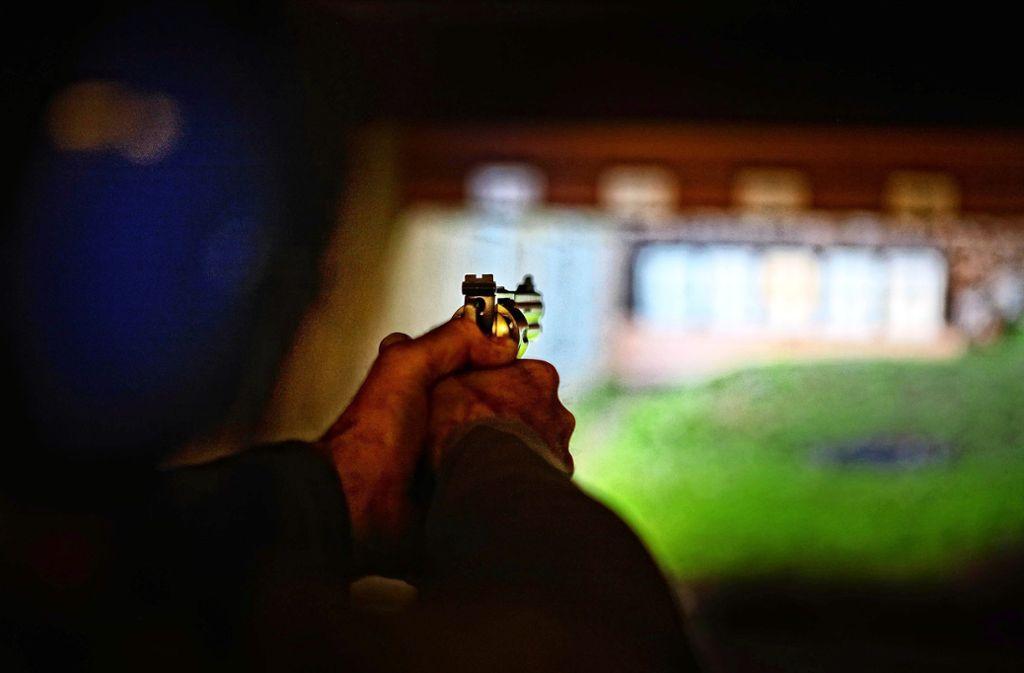 Der Plieninger Schützenverein hat knapp 80 Mitglieder. In der Regel schießen diese in einem Bunker unter dem Vereinshaus. Es gibt aber Ausnahmen. Foto: Gottfried Stoppel