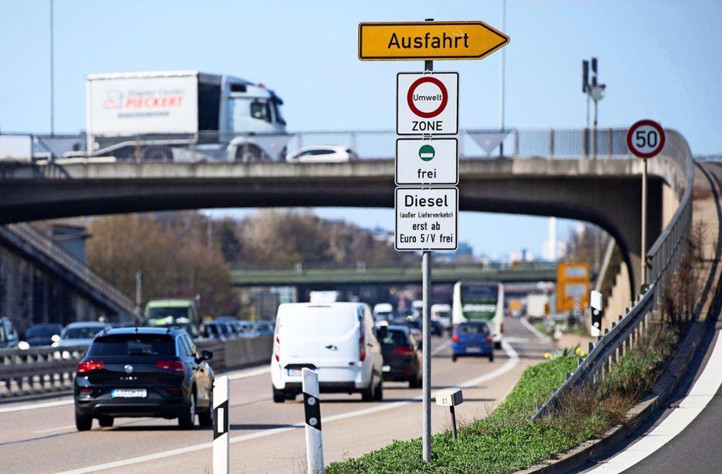 Von dem erweiterten Fahrverbot könnten Bad Cannstatt, Feuerbach, Zuffenhausen und der Talkessel betroffen sein. Foto: dpa/Marijan Murat