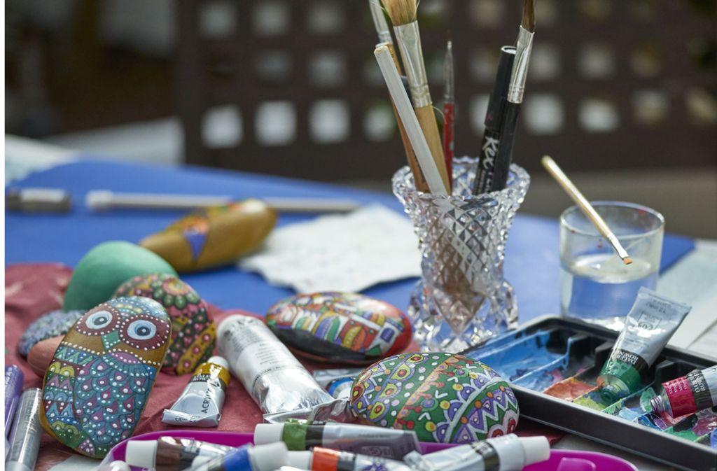 Die meisten von ihnen schwören auf Acrylfarben, giftige Lacke sind verpönt.  Foto: privat