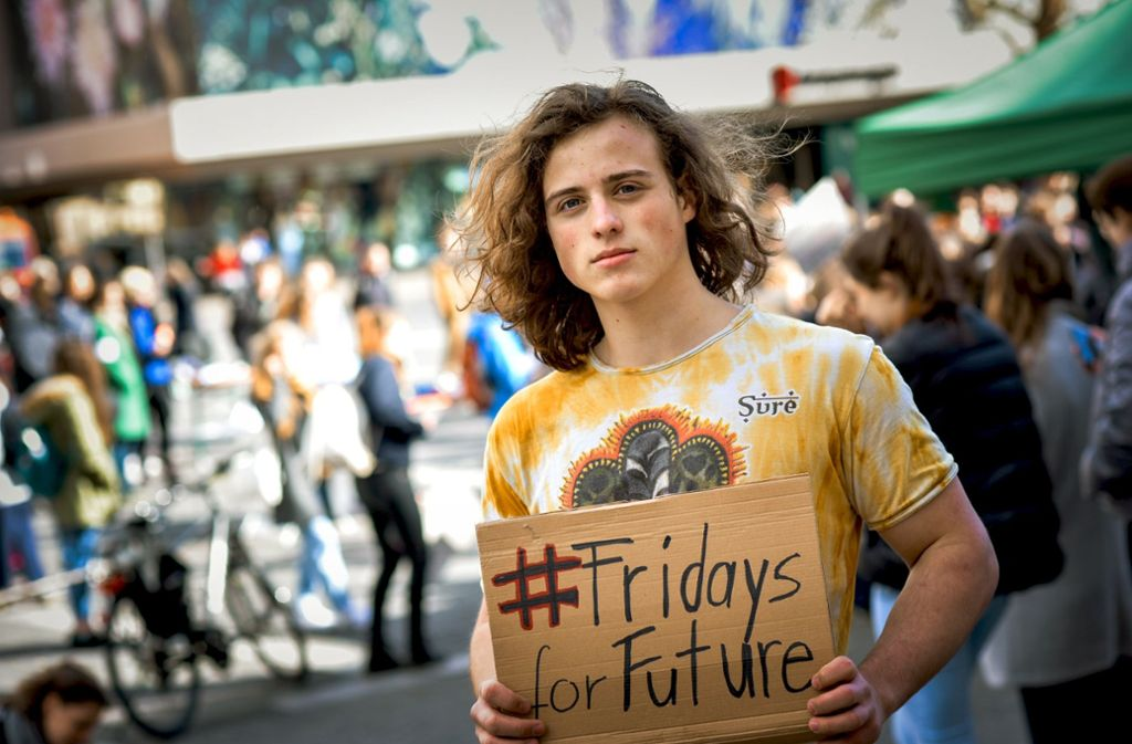 Proteste zu planen und mit Öffentlichen anzureisen koste mehr Zeit, als in die Schule zu gehen, sagt Finn Schäfer. Foto: Lichtgut/Max Kovalenko
