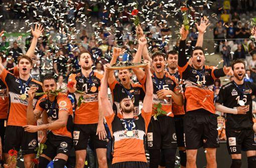 Berlin Volleys sichern sich die 10. Volleyball-Meisterschaft