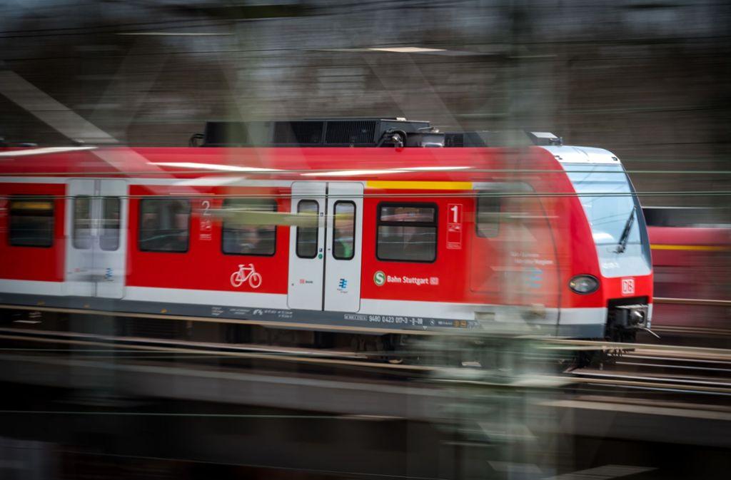 Die S-Bahnlinie 6 soll bis nach Calw verlängert werden. Foto: Lichtgut/Achim Zweygarth/Lichtgut/Achim Zweygarth
