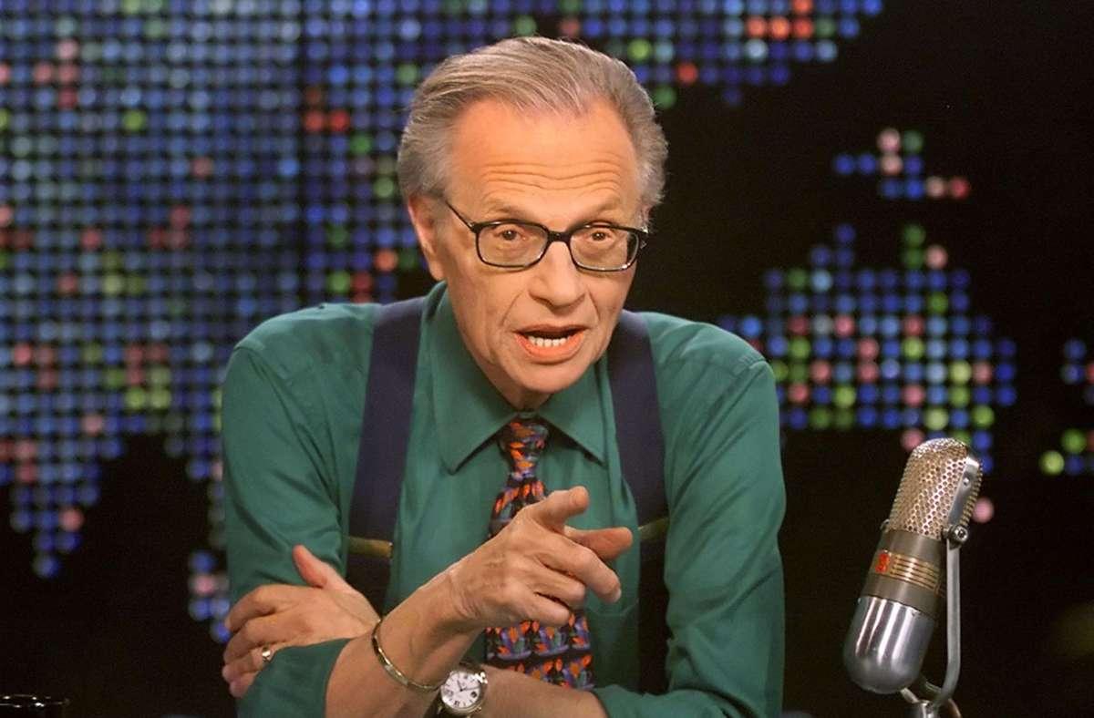 Der legendäre amerikanische Talkshow-Moderator Larry King ist tot. Foto: AP/ROSE M. PROUSER
