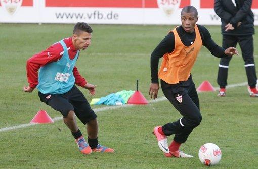 Johan Audel (rechts) mischt im VfB-Training wieder voll mit. Foto: Imago