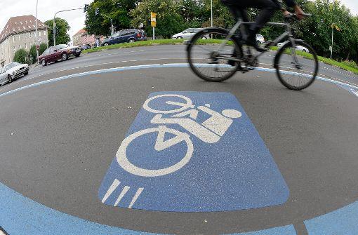 Von Heidelberg nach Mannheim oder Esslingen nach Stuttgart mit dem Rad: Bis 2025 will Baden-Württemberg insgesamt zehn Radschnellwege bauen. Foto: dpa