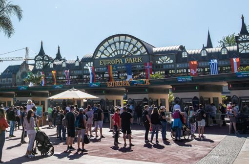 15.000 Besucher müssen wegen Corona-Fall informiert werden
