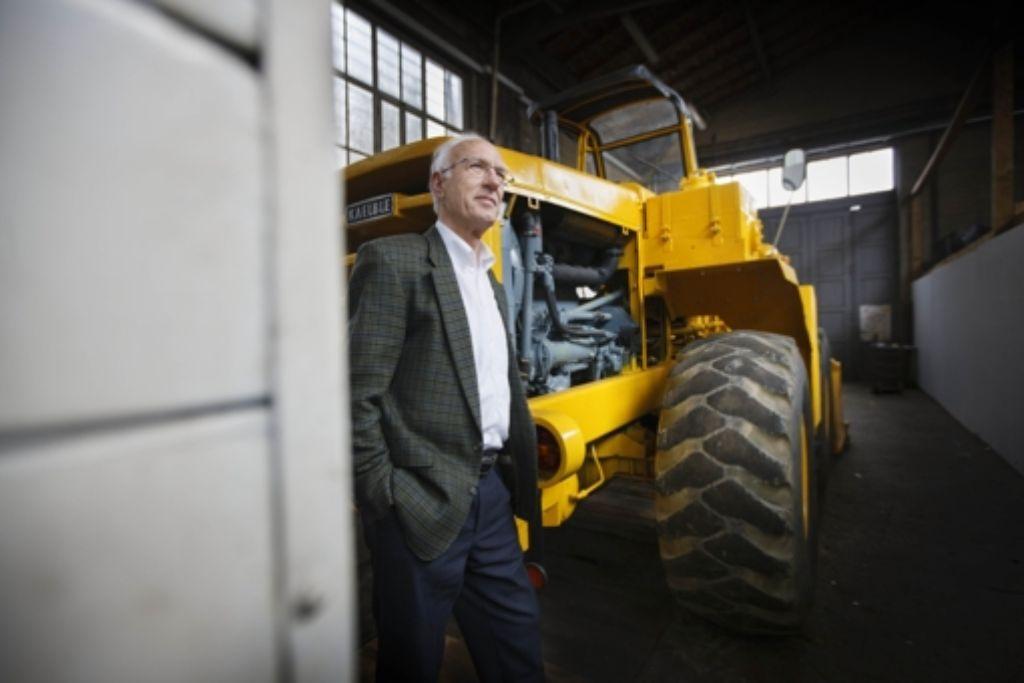 Rüdiger Kieninger möchte, dass die Techniksaurier bald umziehen. Foto: Gottfried Stoppel