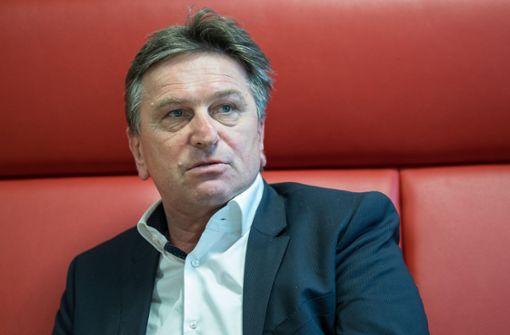 Sozialminister Manfred Lucha weist Kumpanei-Vorwürfe zurück