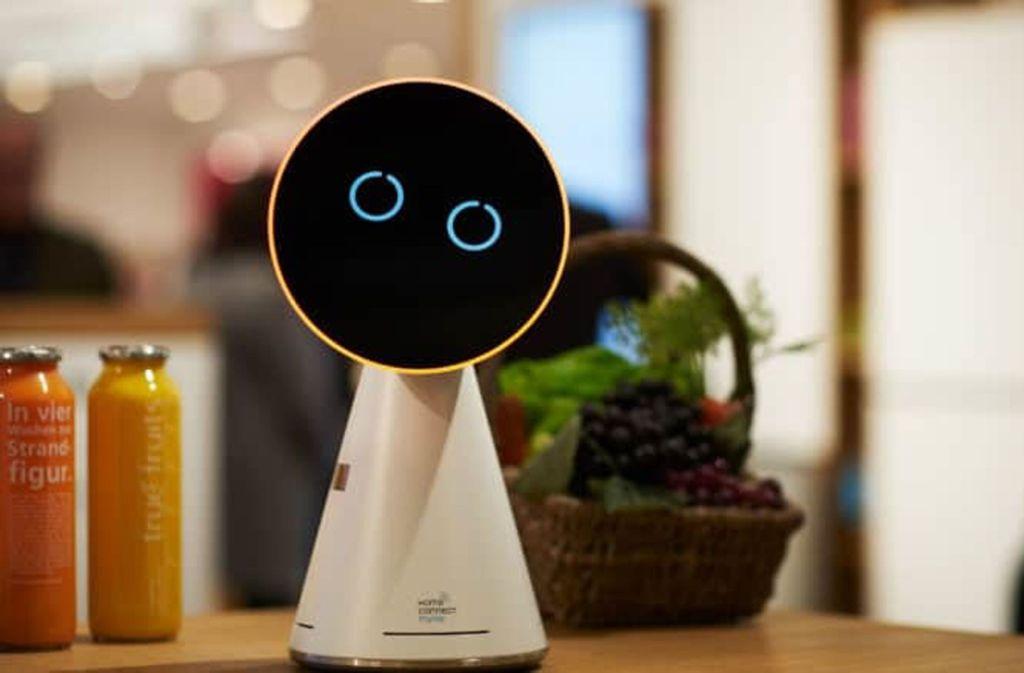 """Schon 2017 hat Bosch den """"My Kitchen Elf"""" als smarten Assistenten für die Küche vorgestellt. Foto: Bosch"""