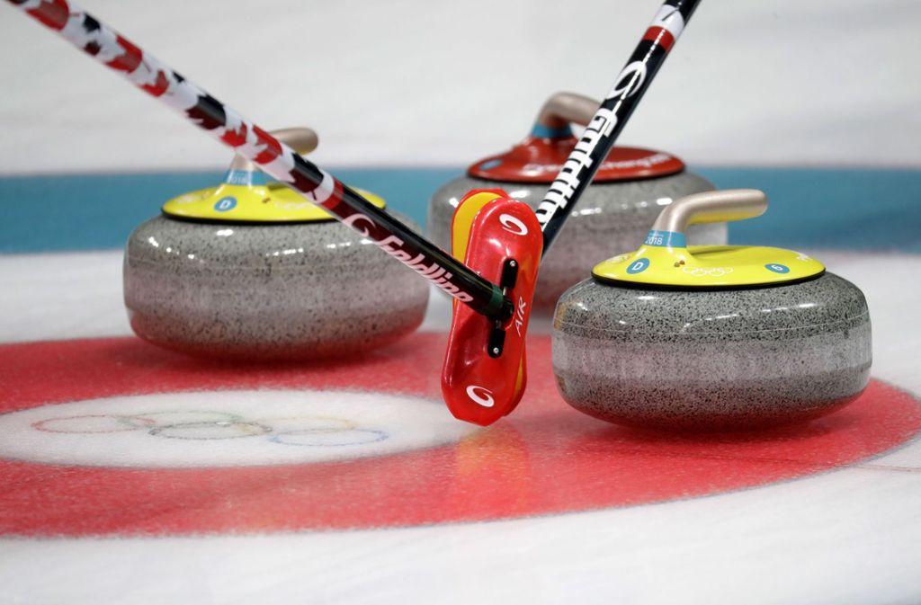 Im olympischen Nachtprogramm nimmt Curling viel Raum ein. Foto: AP