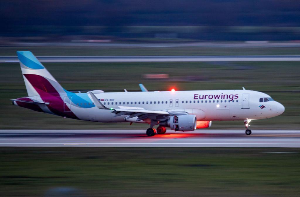 Eine Eurowings-Maschine muss auf dem Weg nach Prag in Nürnberg zwischenlanden (Symbolbild). Foto: dpa