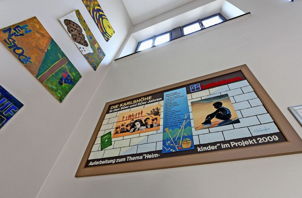 Auf der Ludwigsburger Karlshöhe  ist  zur dauerhaften Erinnerung   ein Kunstwerk In der Ludwigsburger Karlshöhe ist  in Erinnerung  an ihre Heimkinder ein Kunstwerk  entstanden, das in der Kirche   hängt. Foto: factum/Bach