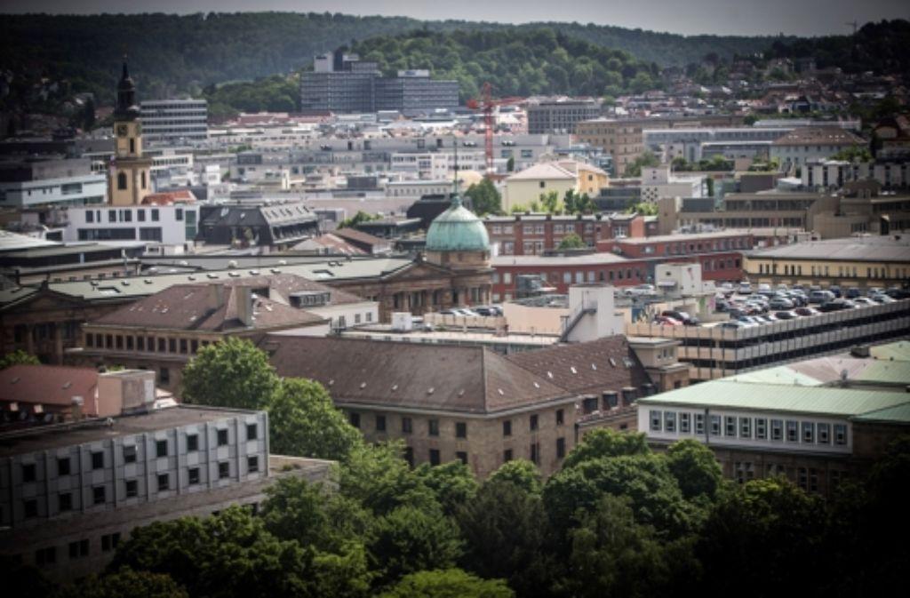 Die Stadt von oben. In Stuttgart werden wohl weniger Sozialwohnungen gebaut werden als geplant. Foto: Achim Zweygarth