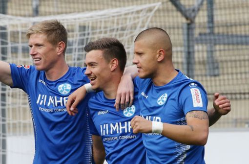 Stuttgarter Kickers sortieren drei Spieler aus