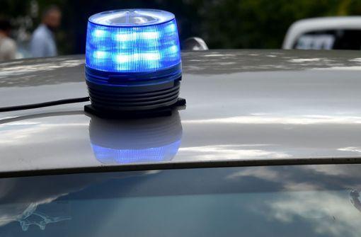 In Rettungsgasse gewendet – Polizei sucht Zeugen