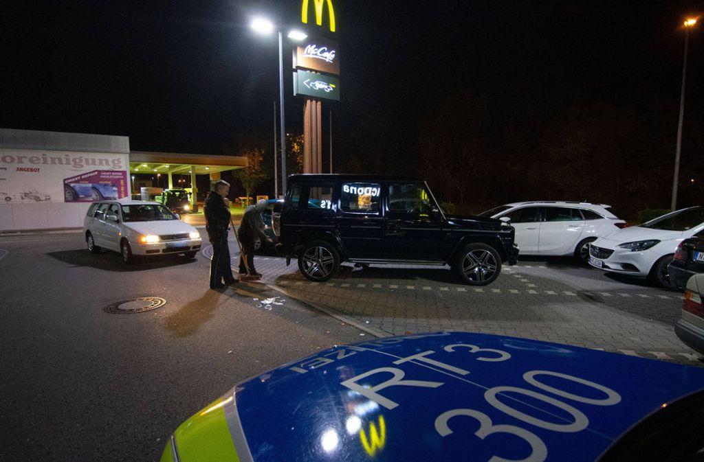 Die Polizei ermittelte auf dem Parkplatz des Schnellrestaurants. Foto: 7aktuell.de/Moritz Bassermann