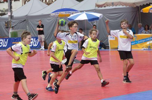 Schon der Handball-Nachwuchs glänzt im malerischen Ambiente
