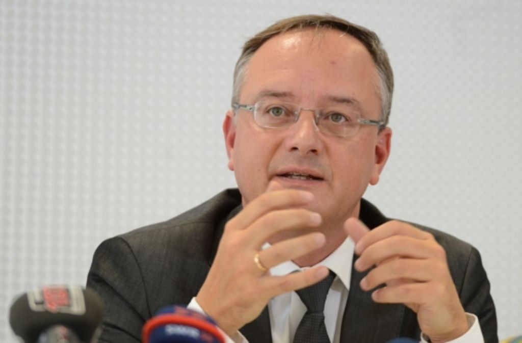 Der baden-württembergische Kultusminister Andreas Stoch (SPD) appelliert an die Verbände, dass sie sich auf ein gemeinsames Foto: dpa