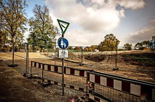 Am Rand des Rosensteinparks hat die Bahn mit Erdarbeiten begonnen. Foto: Lg/Piechowski