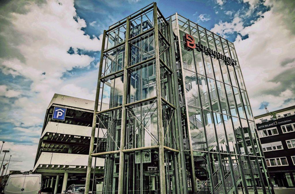 Hier, nah am Leonhardsplatz, soll anstelle des Breuninger-Parkhauses ein neues Film- und Medienhaus entstehen. Foto: Lichtgut/Leif Piechowski