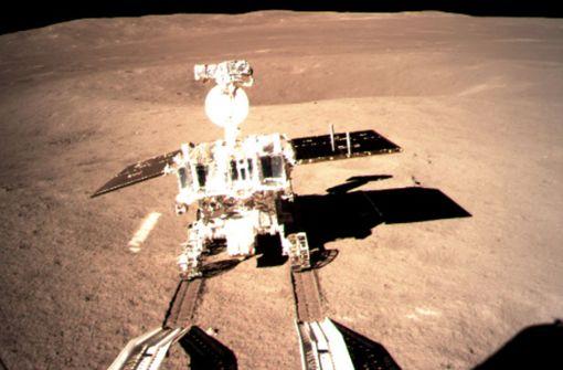 "Mond-Roboter ""Jadehase 2"" rollt los"