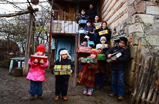 Geschenke für Kinder aus armen Ländern