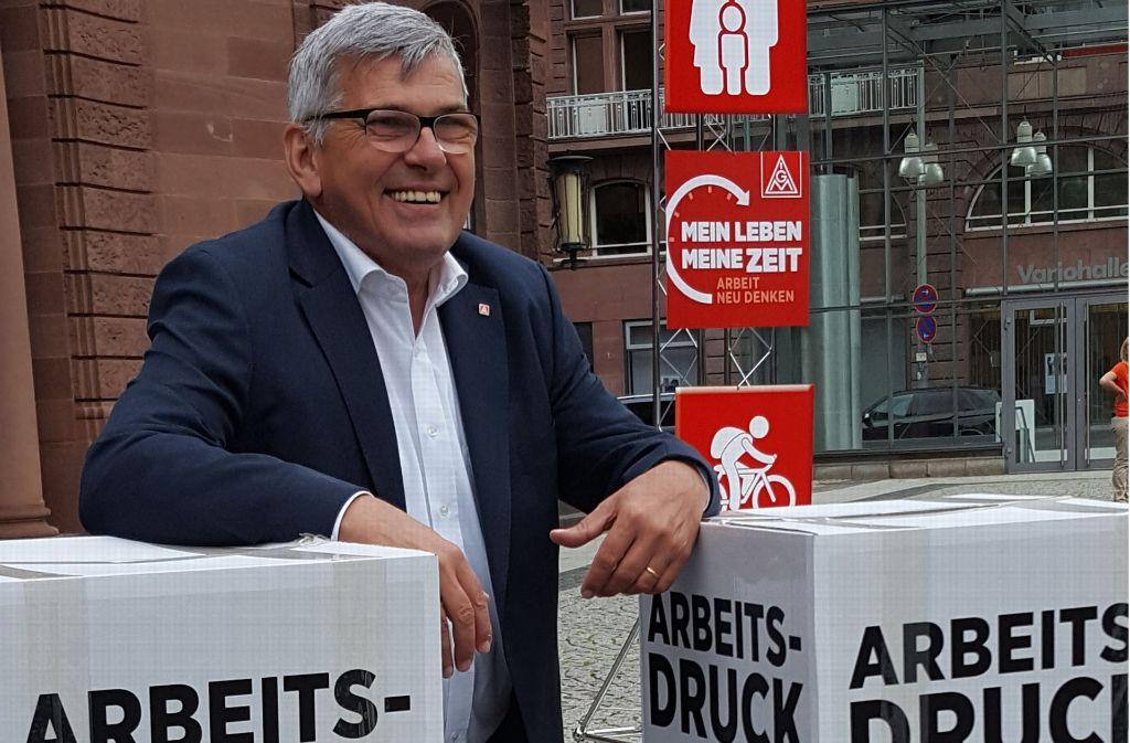 IG-Metall-Chef Jörg Hofmann will die Beschäftigten in der nächsten Tarifrunde entlasten. Foto: Schiermeyer
