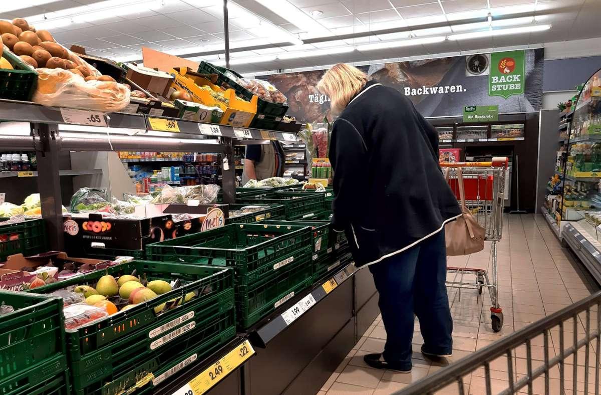 Obst und Gemüse – gesund, aber oft auch teuer. Foto: imago images/Martin Wagner