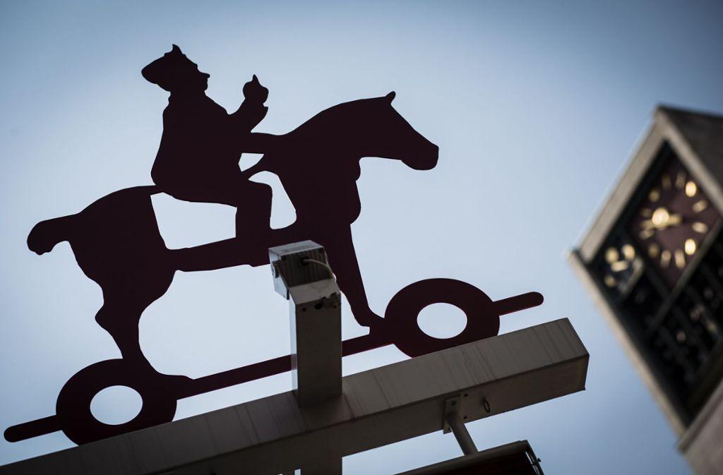 Lange Zeit ein Symbolbild auf dem Marktplatz: Das Firmenlogo von Spielwaren Kurtz Foto: Lichtgut/Leif Piechowski