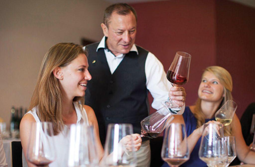 Auch Wein-Sensorik-Seminare werden angeboten. Foto: Panoramahotel Oberjoch