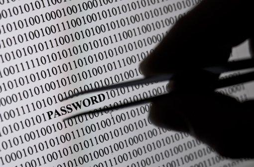 E-Mail-Accounts, Zugänge zu Internet-Banking, sozialen Netzwerken oder Online-Banking: Cyber-Kriminelle haben es auf alle Arten von digitalen Identitäten abgesehen. Foto: dpa