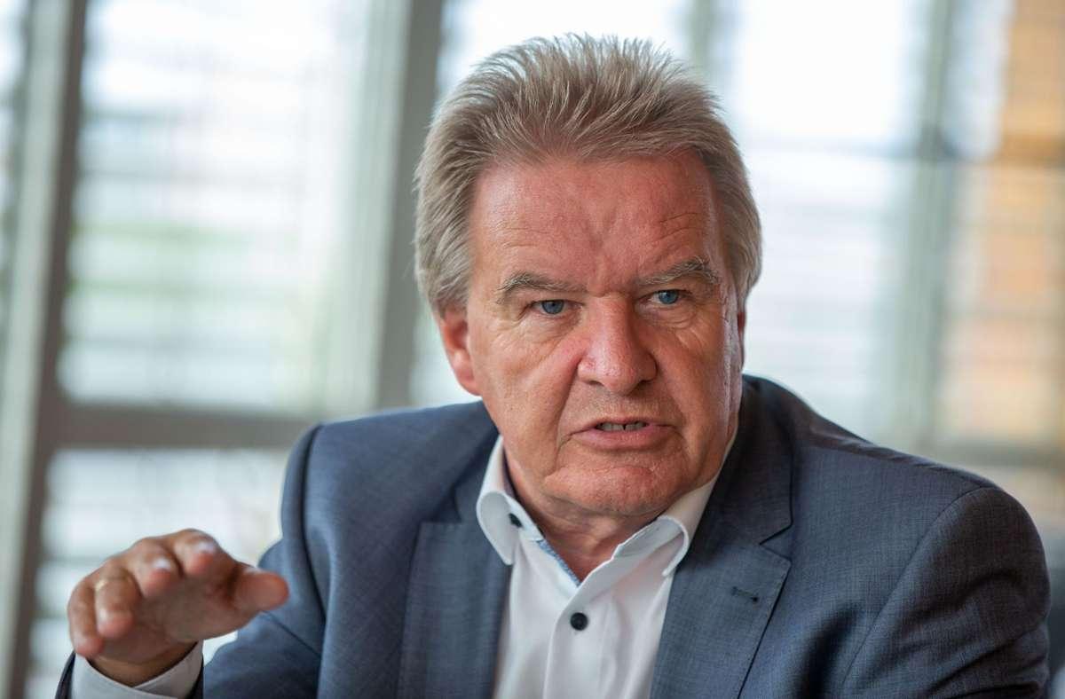 Umweltminister Franz Untersteller (Grüne) sagt, die Wasserstofftechnologie biete Arbeitsplätze auch im Südwesten. (Archivbild) Foto: Leif Piechowski/Leif Piechowski