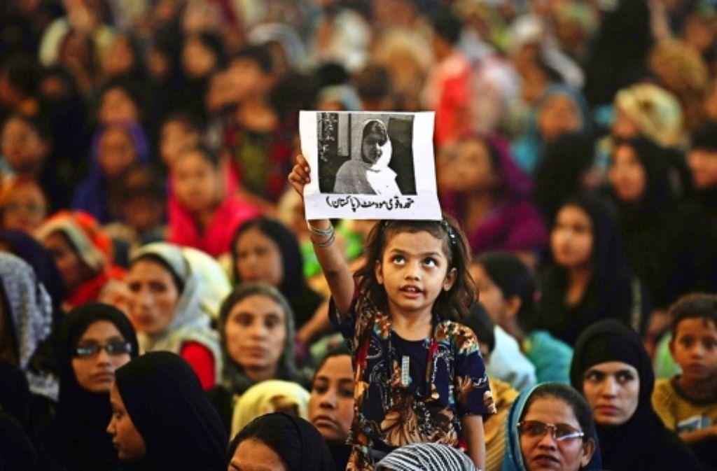 Malala Yousafzai ist zum Vorbild vieler junger Frauen in Südasien geworden. In der Bilderstrecke stellen wir die 17-Jährige vor. Foto: AFP