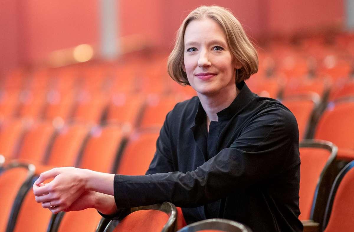 Joana Mallwitz verlässt Nürnberg auch, aber nicht nur aus familiären Gründen. Foto: dpa/Daniel Karmann