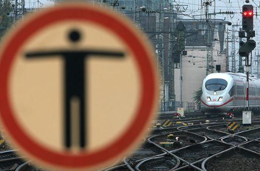 Abgelehnte Flüchtlinge sorgen für Bahnhofssperrung