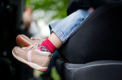 Tester warnen eindringlich vor zwei Kindersitzen