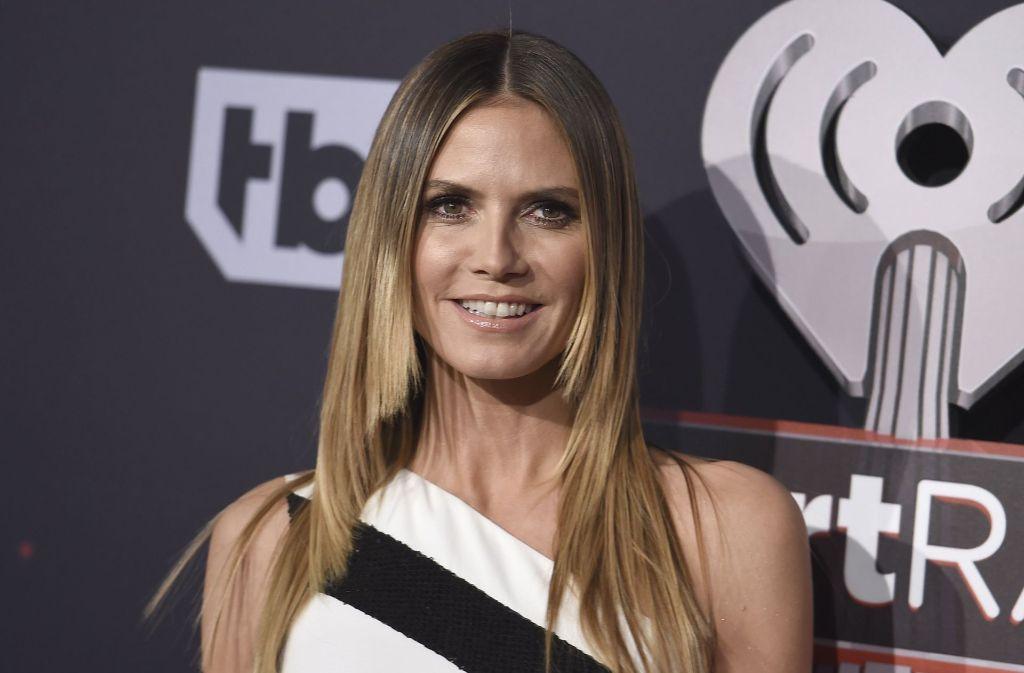 Nachdem sich Heidi Klum von dem Kunsthändler Vito Schnabel (31) getrennt hat, soll die 44-Jährige jetzt angeblich mit Formel-Eins-Weltmeister Lewis Hamilton (32) anbandeln. Foto: AP