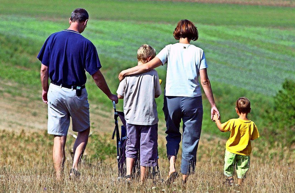 Nicht immer ist in einer Familie alles Friede, Freude, Eierkuchen. In Krisensituationen hilft das Team von Beratung1.de. Foto: dpa