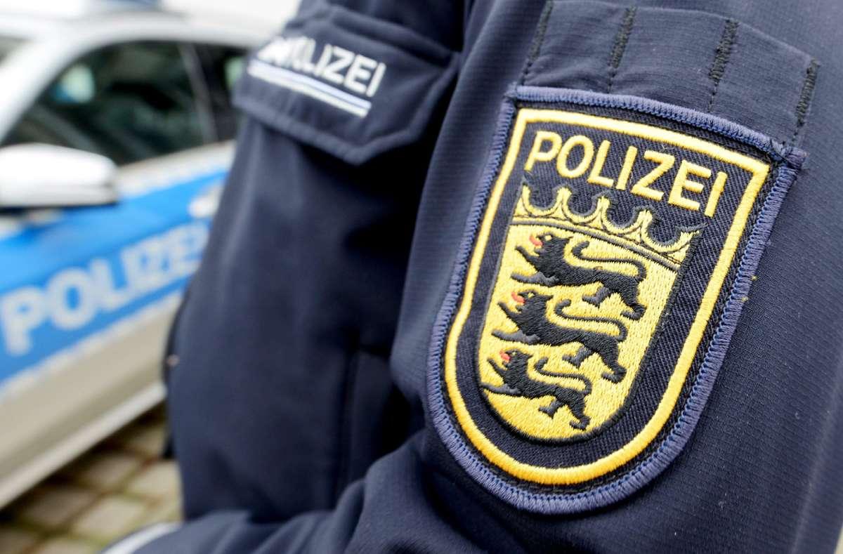 In Sindelfingen muss die Polizei zu einem spektakulären Unfall ausrücken.  Foto: Symbol-Foto: Seeger