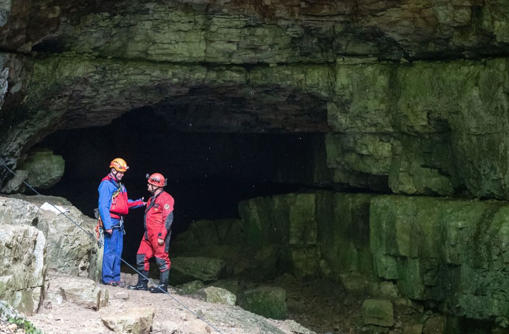 In der Falkensteiner Höhle waren Ende Juli zwei Menschen von Wassermassen eingeschlossen worden. Foto: dpa