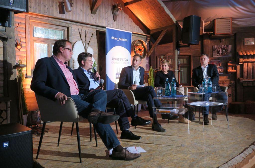 Die Junge Union Steinenbronn hat eine Podiumsdiskussion zur Zukunft der Automobilität veranstaltet. Foto: Malte Klein