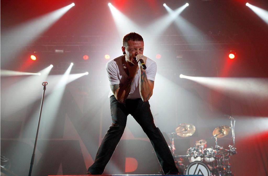 Linkin-Park-Frontman Chester Bennington wird mit seiner Band beim Southside und dem Hurricane auftreten. Foto: KEYSTONE