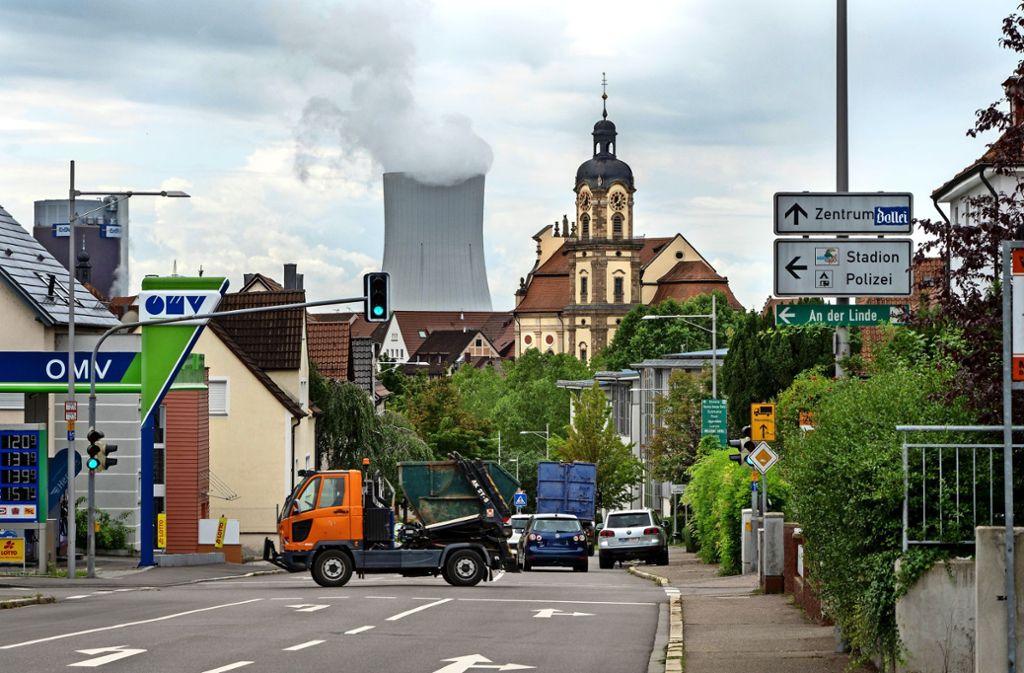 Auf der Neckarsulmer Ortsdurchfahrt geht es tagtäglich eng zu. Foto: factum//Andreas Weise