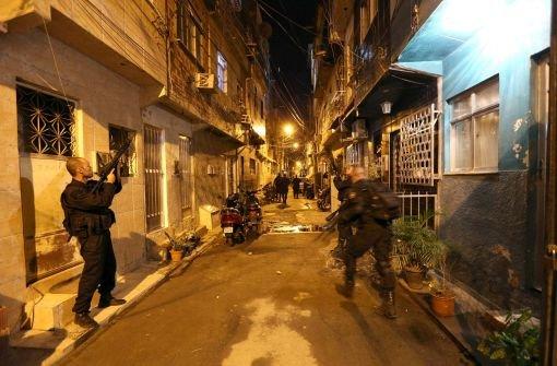 Militärpolizei stürmt Favelas in Rio